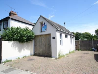 Property image of home to let in Westborough Road, Westcliff-On-Sea
